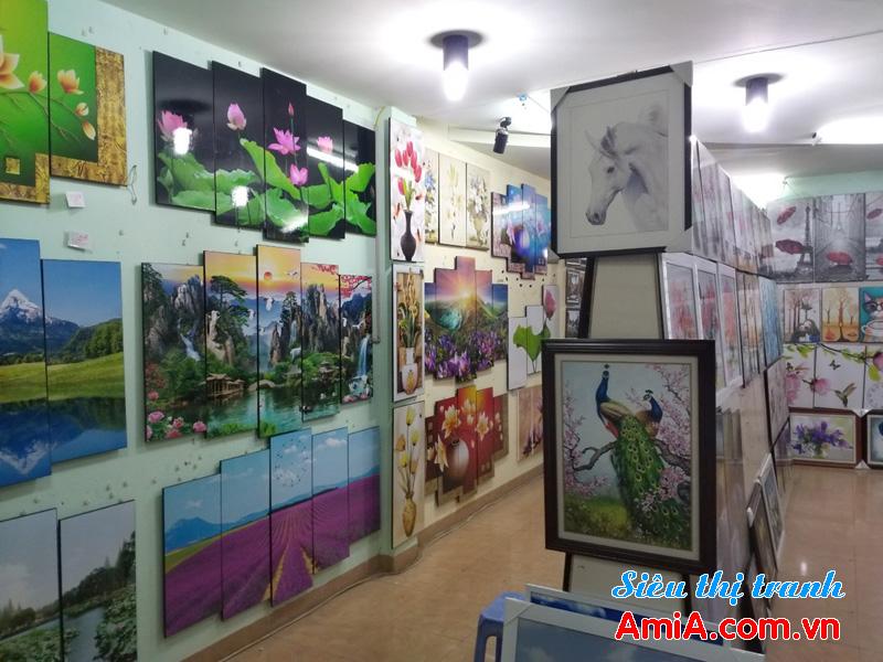 Showroom tranh treo tường đẹp ở tại Hà Nội